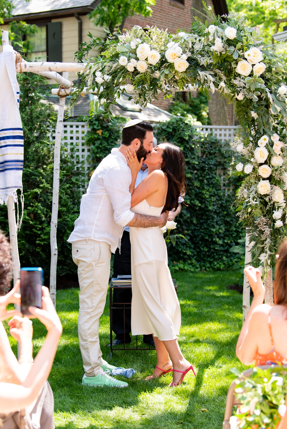 the first kiss during ceremony
